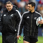 Dan Carter : England will challenge for World Cup